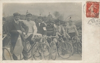 Carte postale Cyclistes - Personnage